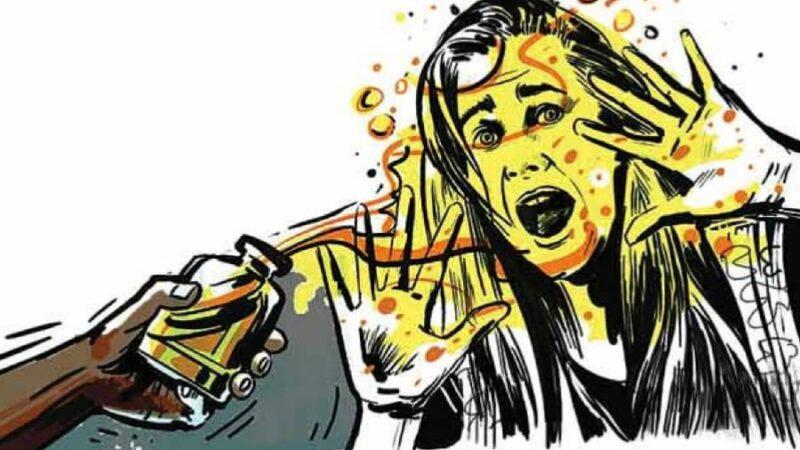 Man throws acid on wife, niece