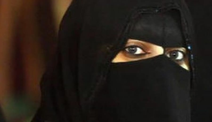 Woman held after asking Saudi policemen for directions
