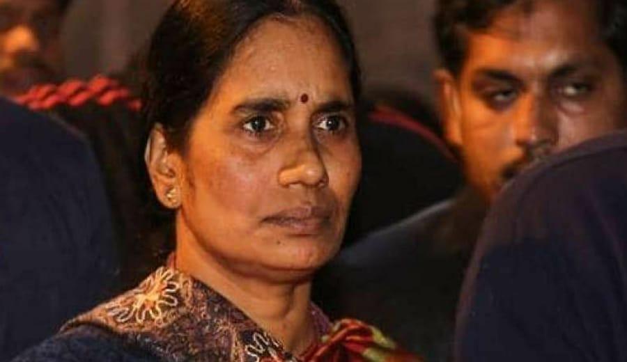 Delhi bus rape victim's mum speaks out