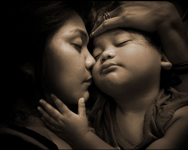 Ang Ina: Kadakilaan ng ina sa Anak