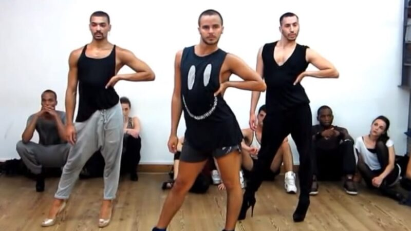 What if Men danced for Bollywood Item Songs?