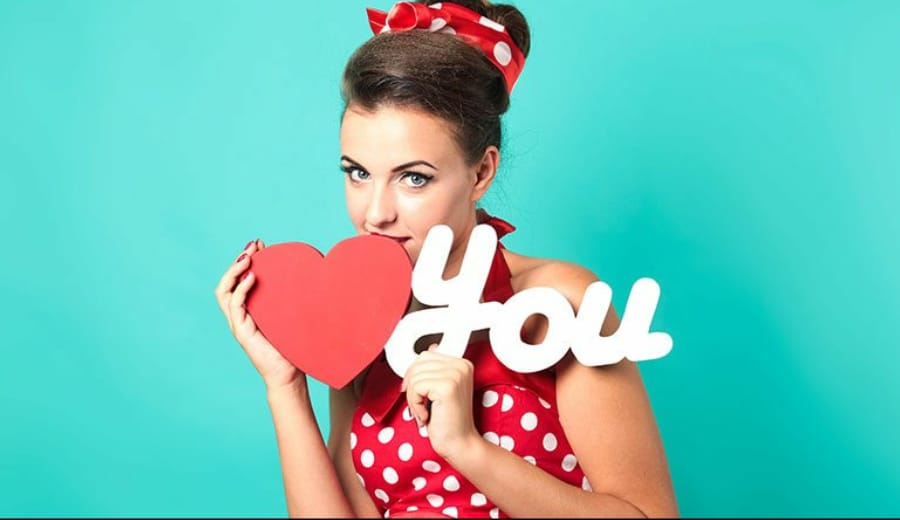 10 Things implied when a Girl Says 'I LOVE YOU'