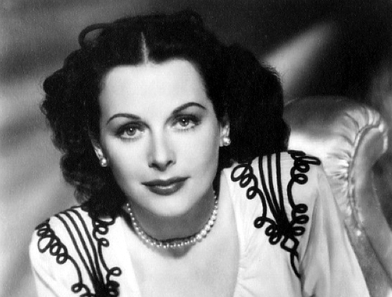 Retrophilia inventor and actress hedy lamarr was born 100