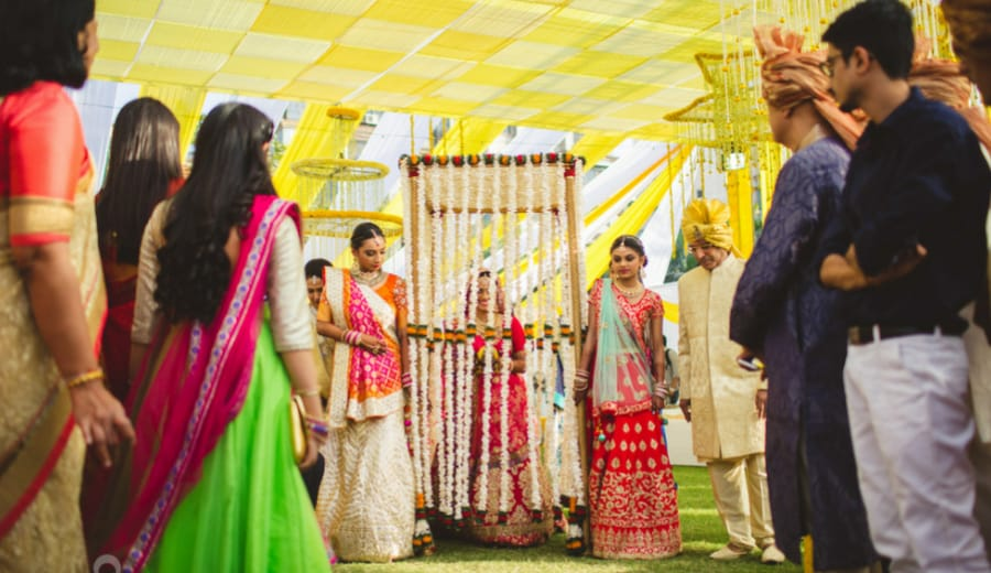 The Most Epic Entrance Of An Indian Bride At Her Wedding