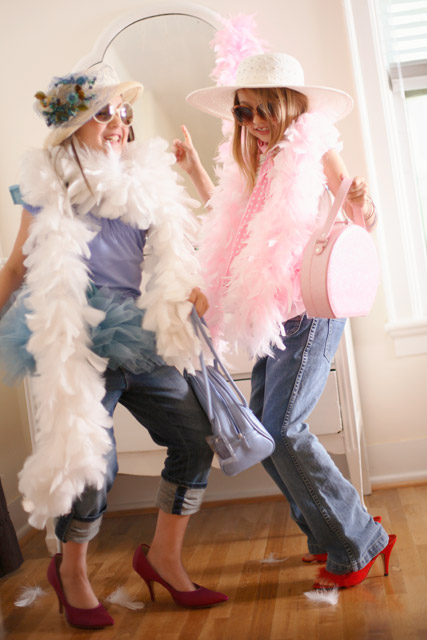 Girls-Dressing-Up