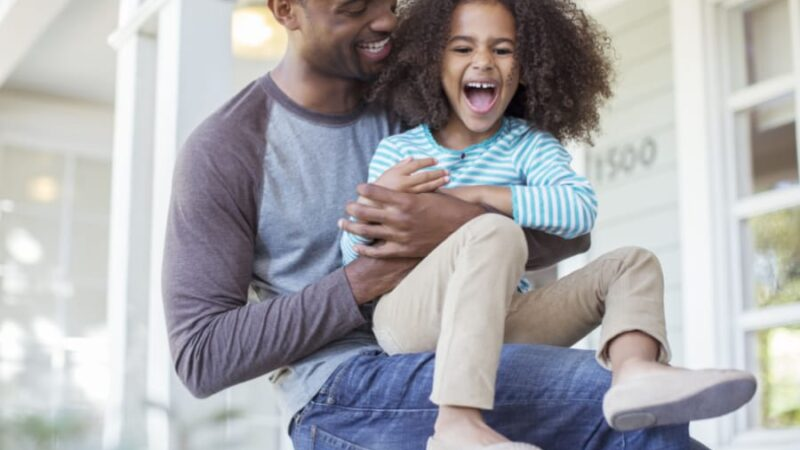 6 Life Lessons a Daughter Can Learn From Her Father