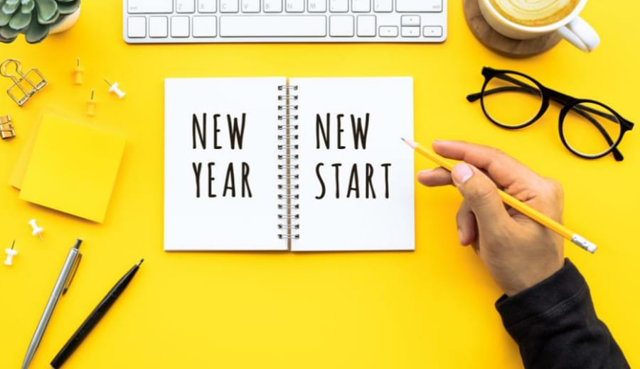 5 New Year Resolutions Every Girl Should Make For 2018!
