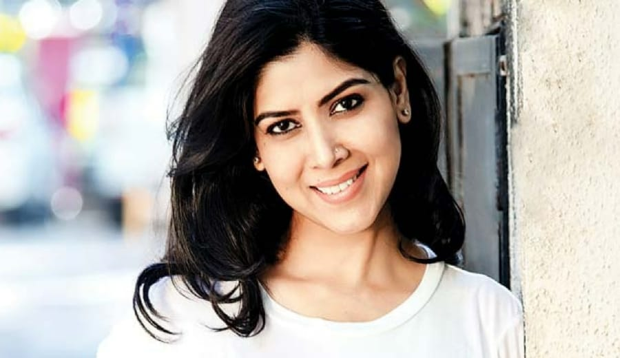 Sakshi Talwar adopts a Baby Girl proving that motherhood doesn't have to wait for marriage
