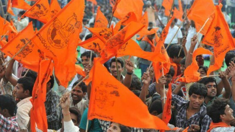 7 Ways You Can Save Yourself From Getting Attacked By Bajrang Dal On Valentine's Day