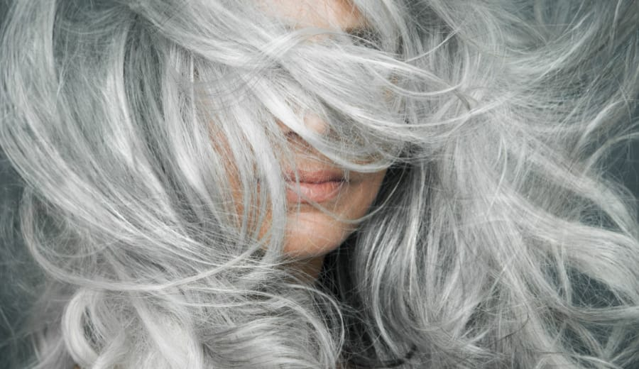 10 Brave Women Who Prove That Grey Hair Looks Really Gorgeous