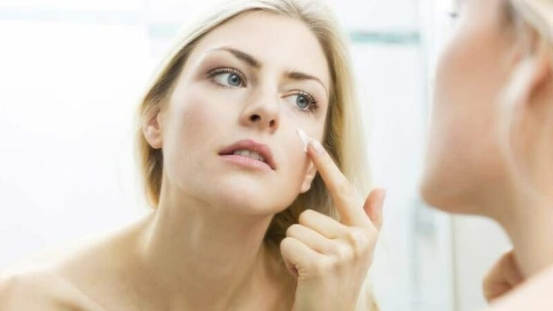 10 Skin Care Mistakes That Are Damaging Your Face